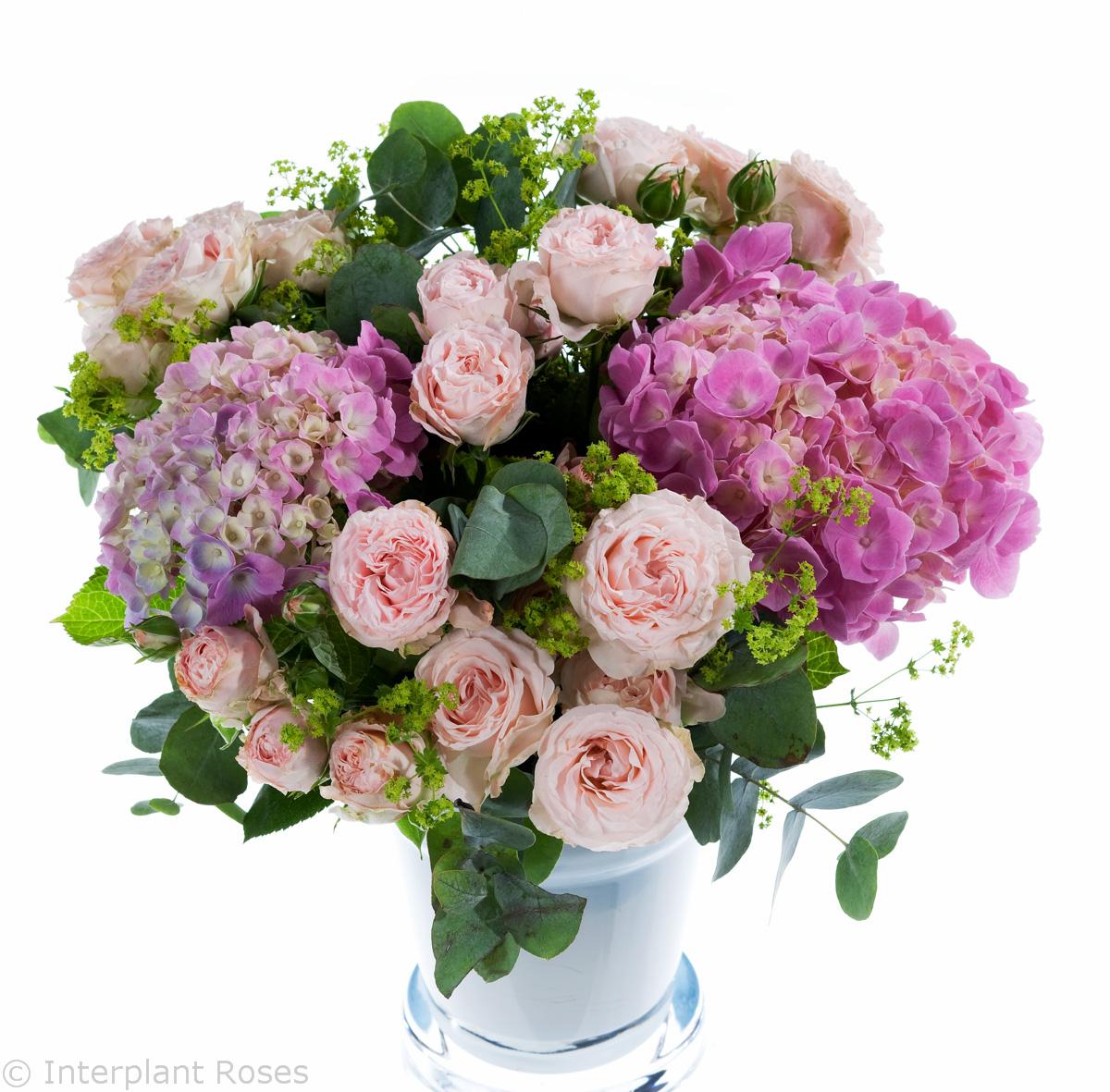spray rose wedding bouquets Bombastic