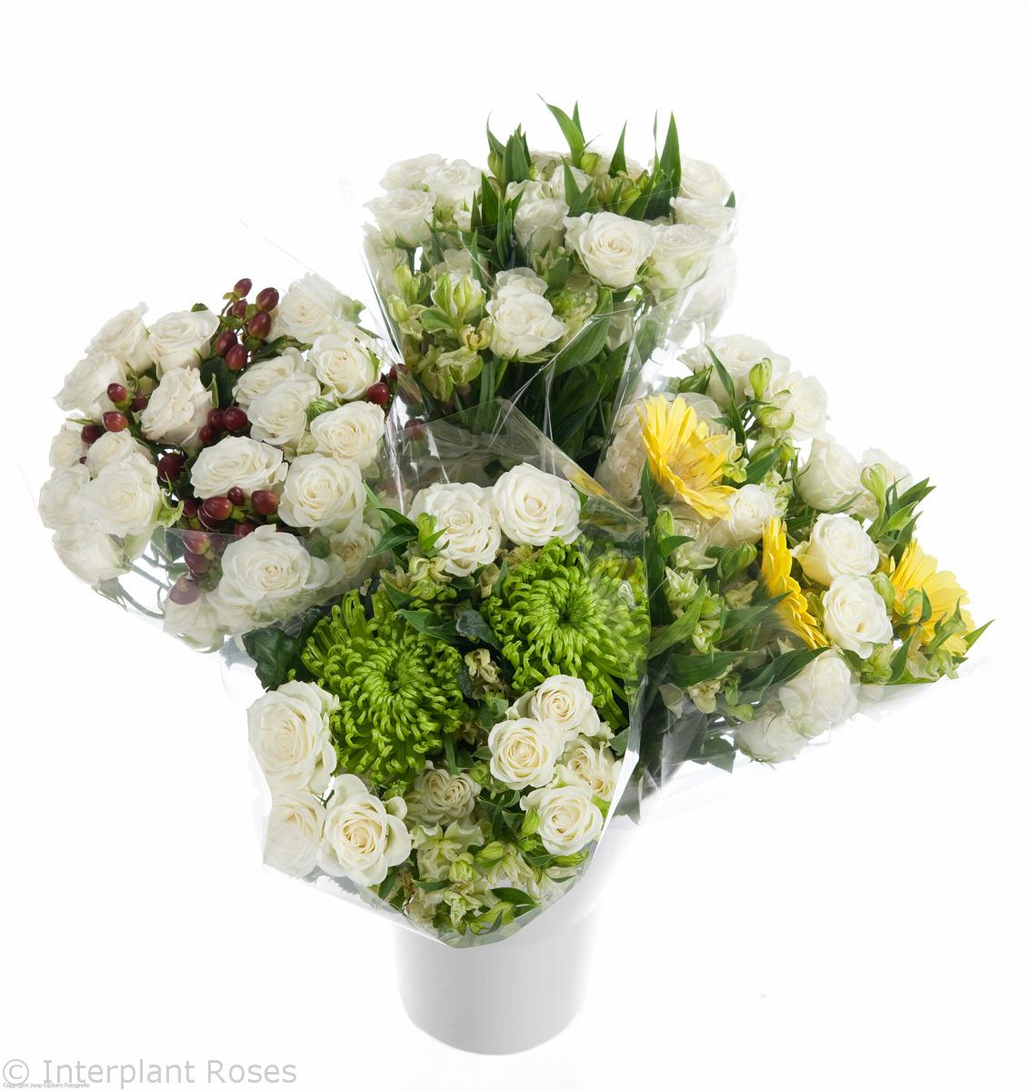white spray rose bouquet