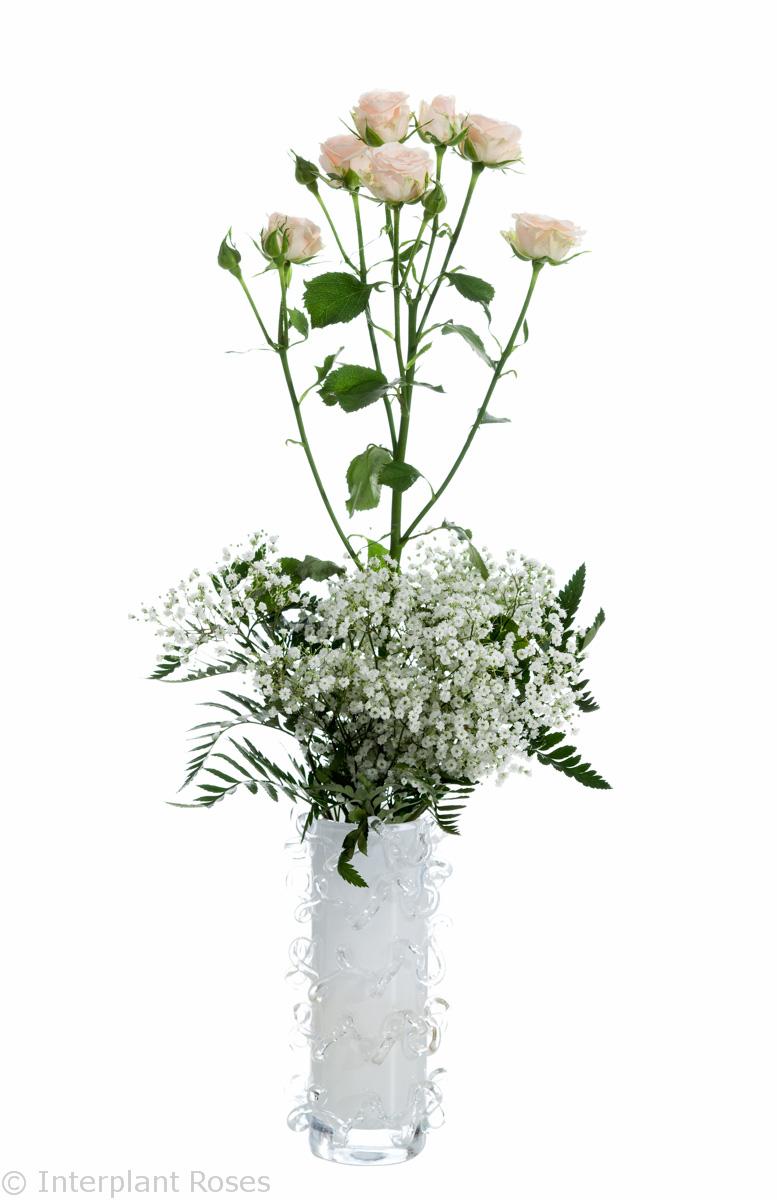 spray roses wedding arrangement