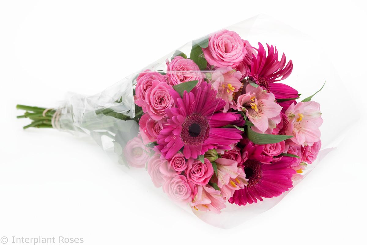 pink spray rose bouquet