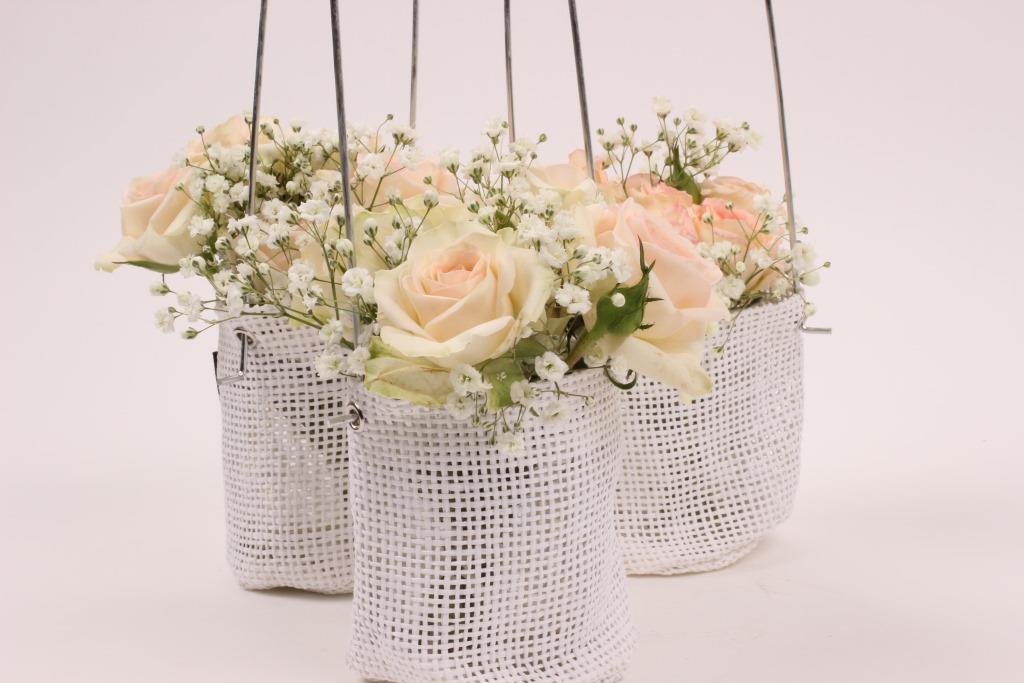 Spray rose arrangement Rosanella